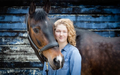 Summer Horse Shoot with Ellie & Ronnie